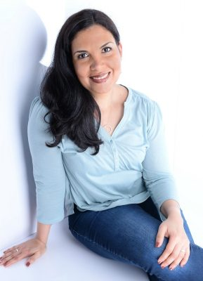 Photo of Romantic Women's Fiction Author Delise Torres