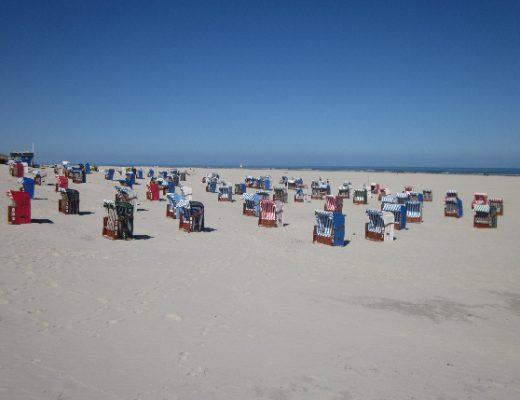 Strandkörbe in Juist Beach